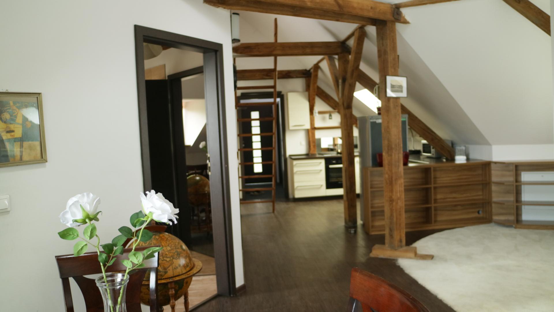 Lokal mieszkalny z podziałem na 2 ładne mieszkania