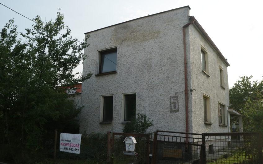 Dom do generalnego remontu w Kolonii Gosławickiej